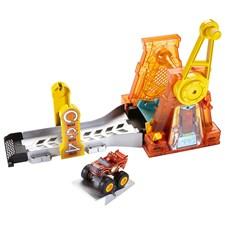 Hyper Loop, Blaze och Monstermaskinerna