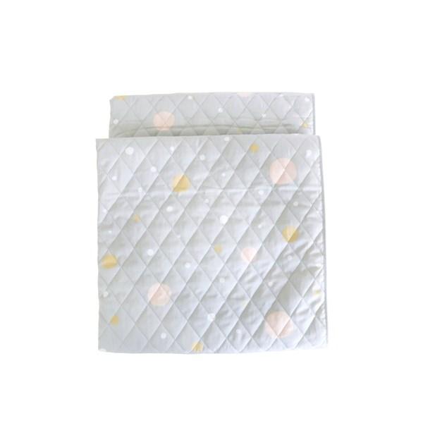 Majvillan Confetti Quiltad filt Ekologisk Bomull 130x180 cm Grå