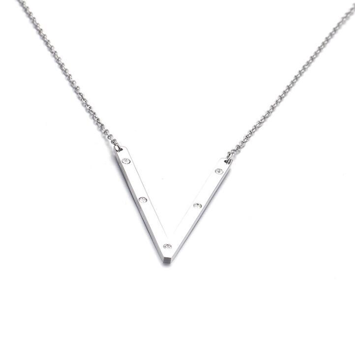 Ioaku Identity Necklace V Alloy Silver
