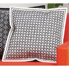 Broderi Kudde i filt med stansade hål Svart på off-white set 42 x 42 cm