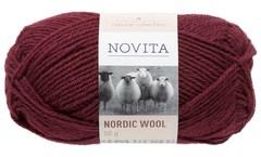 Novita Nordic Wool Garn Ullgarn 50 g, mörkt rubin 590