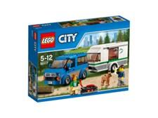 Pakettiauto ja asuntovaunu (60117)