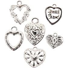 Sydänriipukset, koko 12-19 mm, aukon koko 1,5-3 mm, 6 laj., hopeanväriset