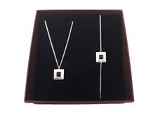 Smyckeset Pyramid Silver Giftbox