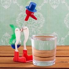 Drickande Fågel Retro