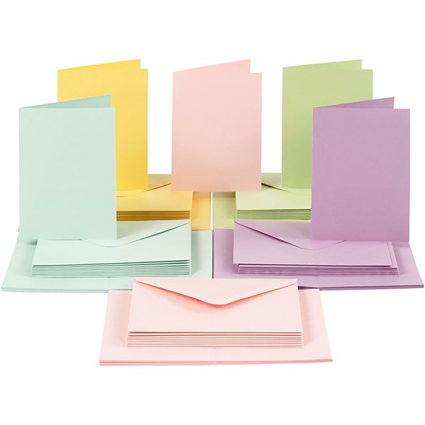 Kort og konvolutter, kort str. 10,5x15 cm, konvolutt str. 11,5x16,5 cm, pastellfarger, 50sett